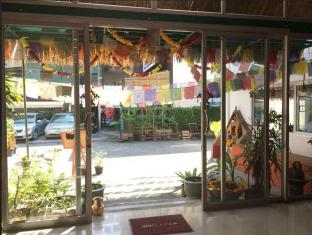 Himalaya Residence Bangkok - Entrance