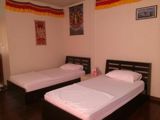 Himalaya Residence Bangkok - Guest Room