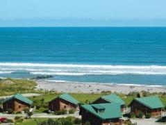Shining Star Beachfront Accommodation   New Zealand Hotels Deals