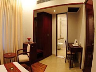 Lotus Park Hotel Bangalore - Deluxe Room - Interior