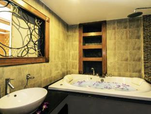 Renoir Boutique Hotel Phuket - Phòngtắm