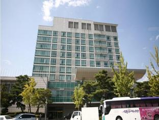 /sv-se/hotel-le-win/hotel/jeonju-si-kr.html?asq=vrkGgIUsL%2bbahMd1T3QaFc8vtOD6pz9C2Mlrix6aGww%3d