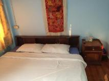 Khamthavee Guesthouse: guest room