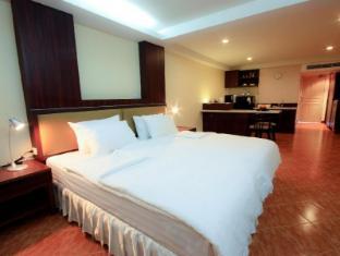 Kamala Sea View Hotel Пхукет - Вітальня