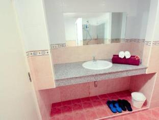 Kamala Sea View Hotel Пхукет - Ванна кімната