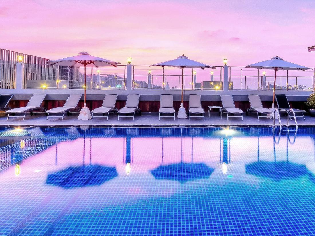 Rooftop swimming pool with a salt water chlorination system