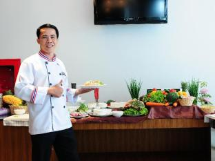 The ASHLEE Heights Patong Hotel & Suites Phuket - Learn the Art of Thai Cooking