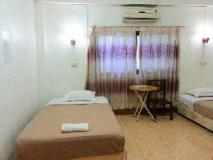 Mixok Guesthouse: guest room