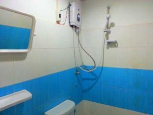 Mixok Guesthouse Vientiane - Bathroom