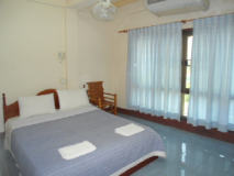 Chanthasom Guest House: guest room