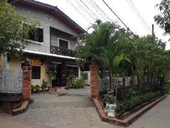 Laos Hotel | Philaylack Villa 1