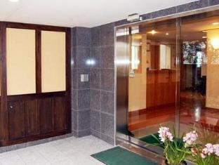 Hotel Fukudaya Tokyo - Entrance