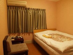 Hotel Fukudaya Tokyo - Western Style Double Reasonable room