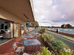 Burnie Airport Motel   Australia Hotels Wynyard