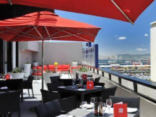 Park Inn by Radisson Foreshore Cape Town Cape Town - Sunroof Terrace with Harbour View