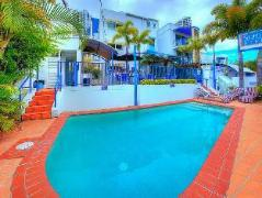 Surfers Beach Resort One Australia