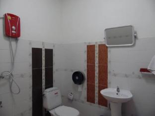 Mekong Sunshine Hotel Vientiane - Standard Triple Bathroom