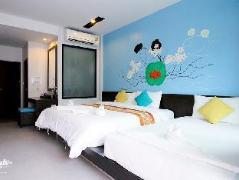 V2 Seagate Hip Hotel | Thailand Budget Hotels