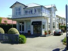 Trafalgar Lodge | New Zealand Budget Hotels