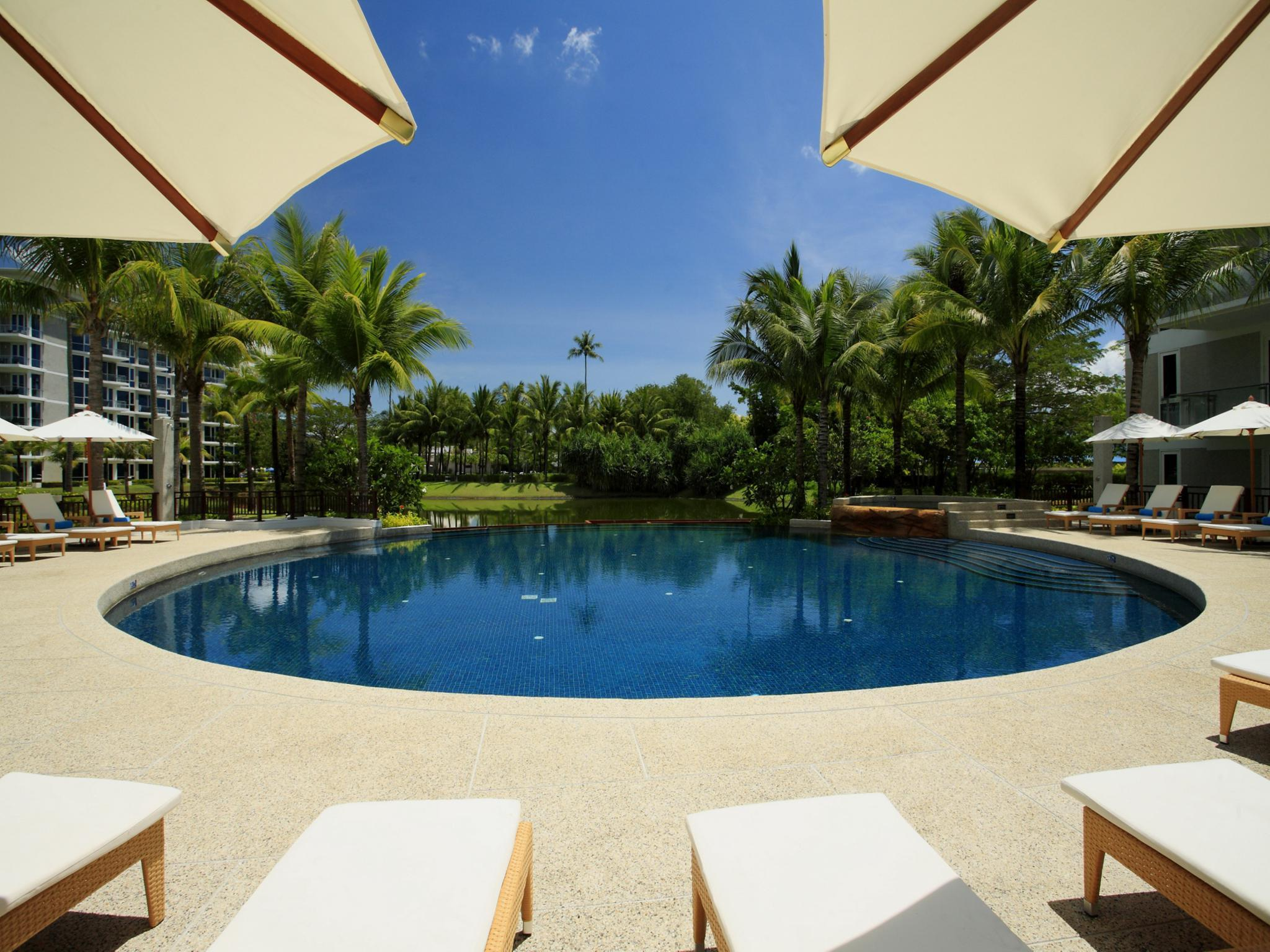 Centara Grand West Sands Resort & Villas48