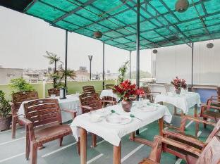 Hotel Star Villa New Delhi and NCR - Rooftop restaurant