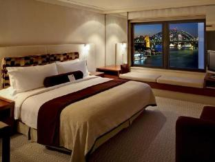 InterContinental Sydney Hotel Sydney - King Deluxe Harbour Bridge View Room