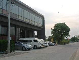 Vismaya Hotel Suvarnabhumi Bangkok - View