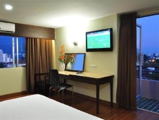 Mayflower Grande Hotel Chiang Mai - Executive Room