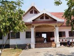 Champasak Guesthouse | Laos Budget Hotels