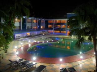 /ca-es/silver-sands-beach-resort/hotel/goa-in.html?asq=5VS4rPxIcpCoBEKGzfKvtCae8SfctFncPh3DccxpL0CZqMqC6%2buR8SvNz0l0IiwkiHjPGpKKvlhE1UYAB1awrNjrQxG1D5Dc%2fl6RvZ9qMms%3d
