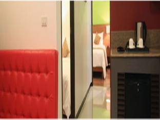 Guijo Suites Makati Manila - Premier Suite