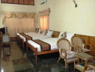 Modern City Hotel Phnom Penh - Deluxe Triple