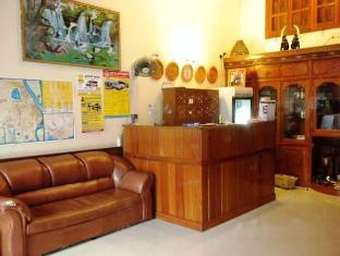 Modern City Hotel Phnom Penh - Lobby Area
