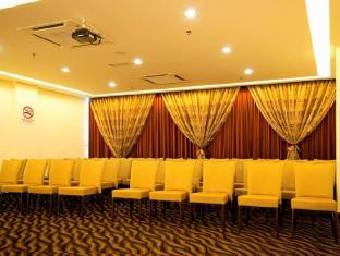 Marvelux Hotel Malacca - Theatre Style