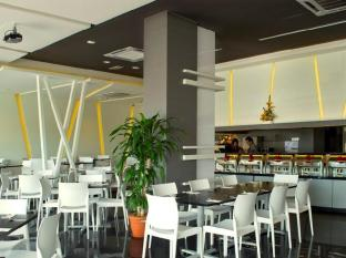 Marvelux Hotel Malacca - Mar'cious Cafe & Dining