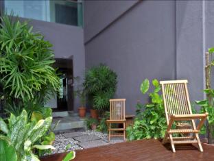 Marvelux Hotel Malacca - Garden