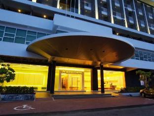 Marvelux Hotel Malacca - Hotel Exterior