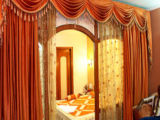 Hotel Western Queen New Delhi and NCR - Suite Room Decor