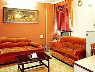 Hotel Western Queen New Delhi and NCR - Suite Room Interior