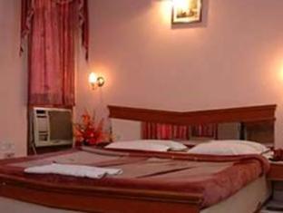 Hotel Western Queen New Delhi and NCR - Super Deluxe Room
