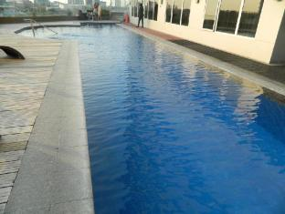 Acacia Hotel Manila Manila - Swimming Pool