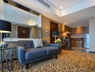 Acacia Hotel Manila Manila - Bay Suite Living Room
