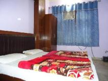 Sahara International Deluxe: guest room