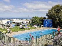 BIG4 Apollo Bay Pisces Holiday Park: big4 apollo bay pisces pool overlooking the sea