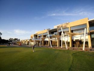 /rich-river-golf-club-resort/hotel/moama-au.html?asq=jGXBHFvRg5Z51Emf%2fbXG4w%3d%3d