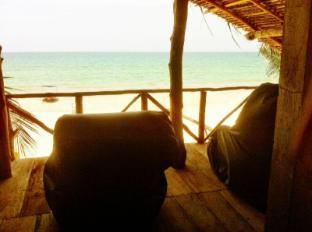 /it-it/aqua-inns/hotel/trincomalee-lk.html?asq=vrkGgIUsL%2bbahMd1T3QaFc8vtOD6pz9C2Mlrix6aGww%3d