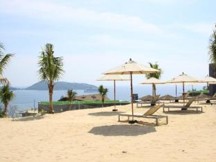 Kalima Resort & Spa Phuket - Sandy Beach