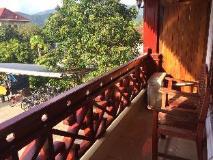 Khampaseuth Hotel: balcony/terrace