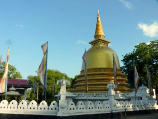 Gimanhala Hotel Sigiriya - Golden Temple Dambulla