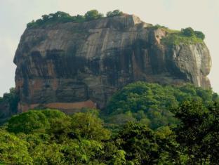 Gimanhala Hotel Sigiriya - Sigiriya Rock